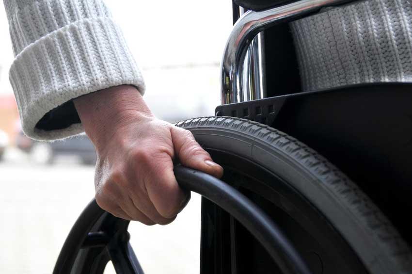 Más de 580.000 andaluces, con un grado de discapacidad igual o superior al 33%